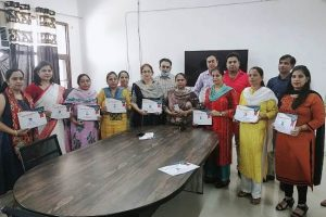 38 teachers awarded for exemplary role in online education