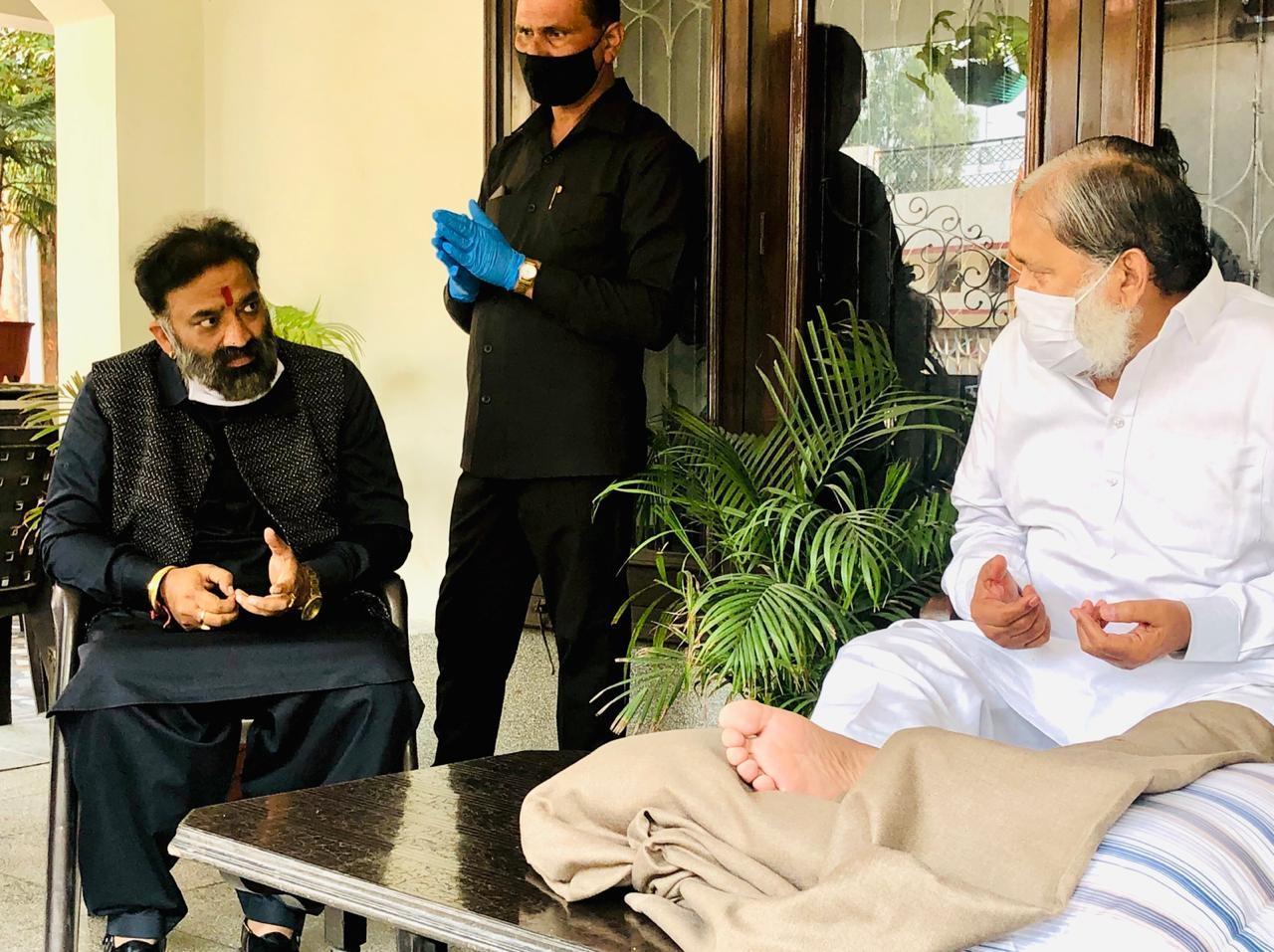 कोरोना वैक्सीन का ट्रायल राष्ट्रहित में अपने ऊपर करने पर मोदी सरकार अनिल विज को दे भारत रत्न : वीरेश शांडिल्य