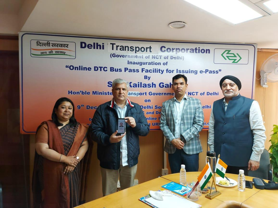 Delhi Transport Minister inaugurates 'Digital Delivery of Online DTC bus pass facility'