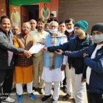 मंत्री ओमप्रकाश यादव को नारनौल को जिले का दर्जा देने के लिए प्रबुद्ध नागरिकों ने सौंपा ज्ञापन