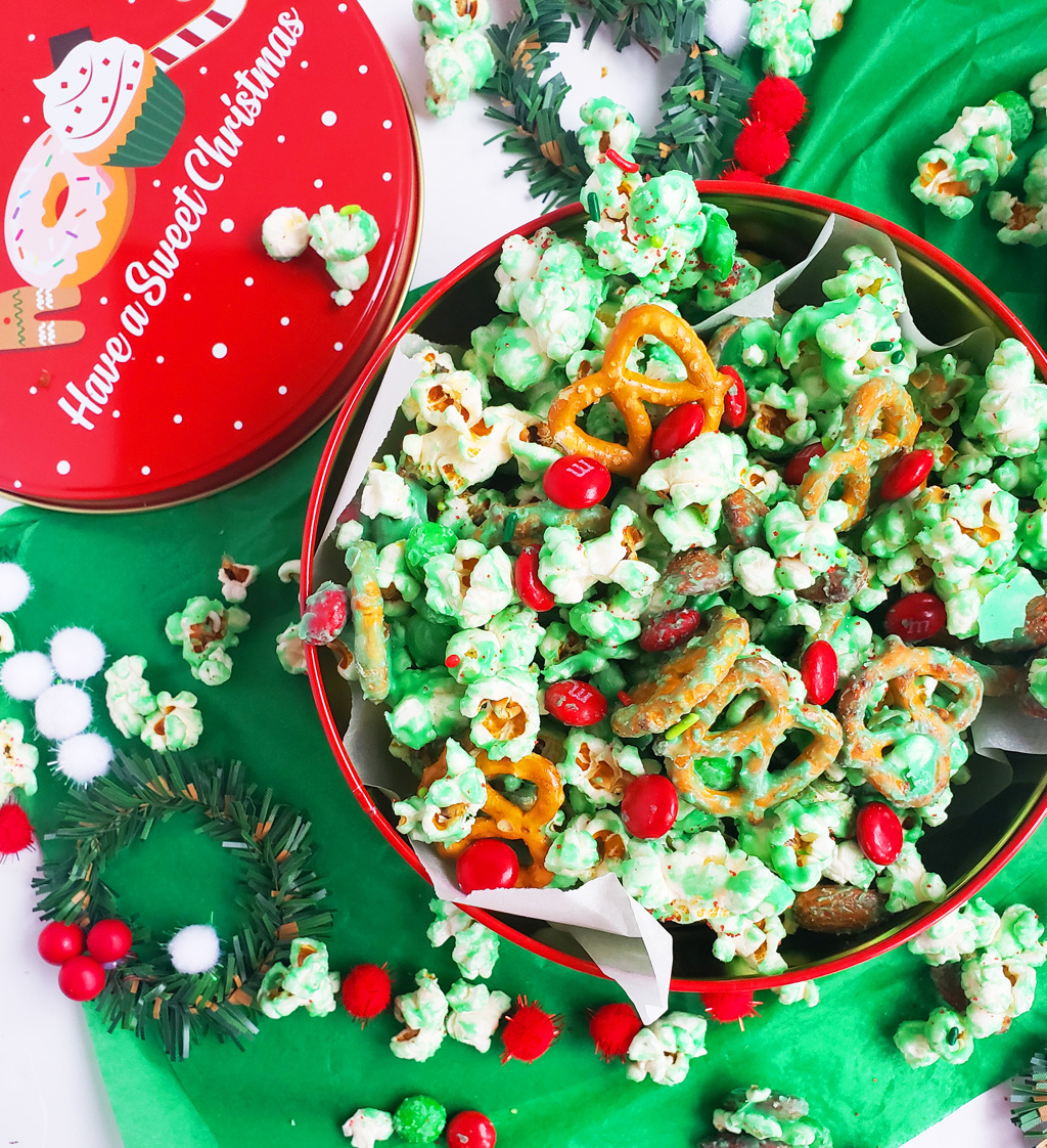 Easy Holiday Grinch Mix