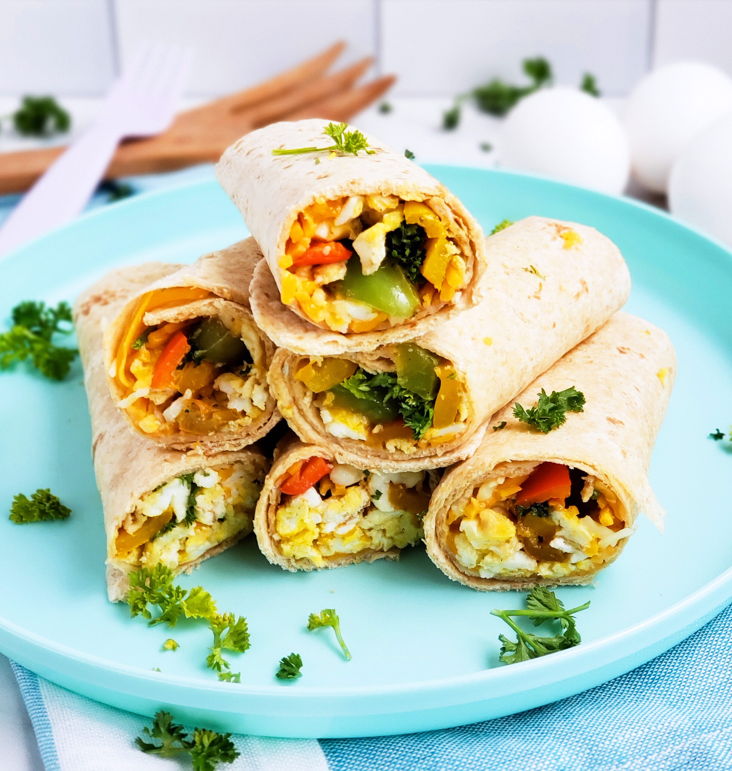 Cheesy Veggie & Egg Breakfast Roll-Ups