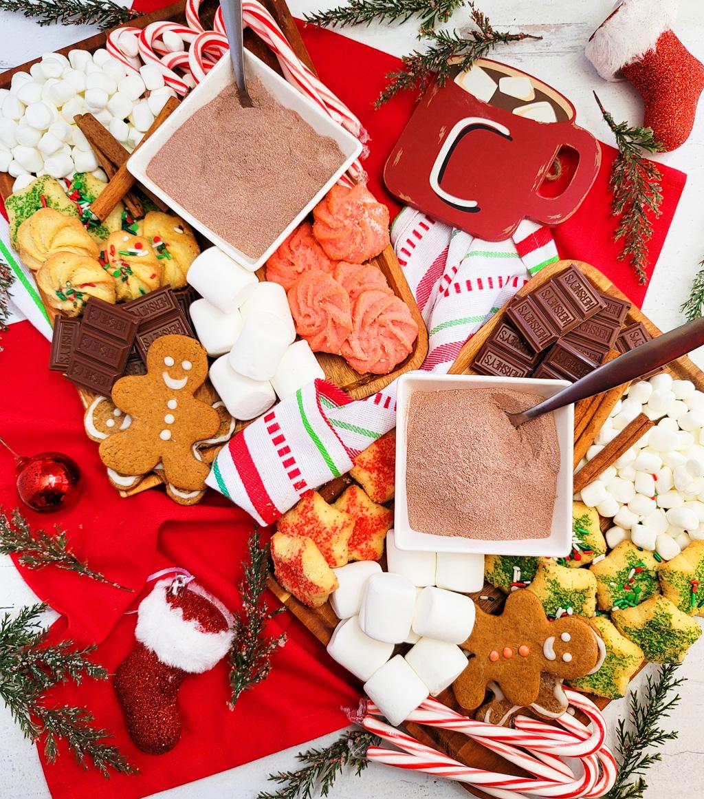 DIY Holiday Hot Cocoa Charcuterie Board