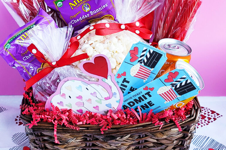 Movie Themed Valentine's Day Basket + Free DIY Printable