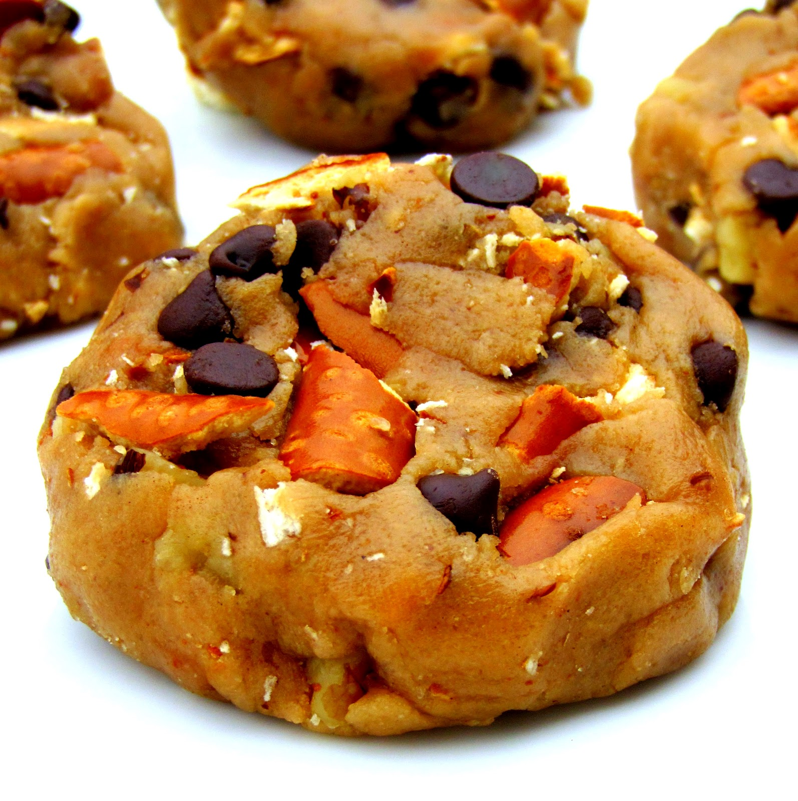 Chewy CHOCO-TOFFEE Chunk Cookies