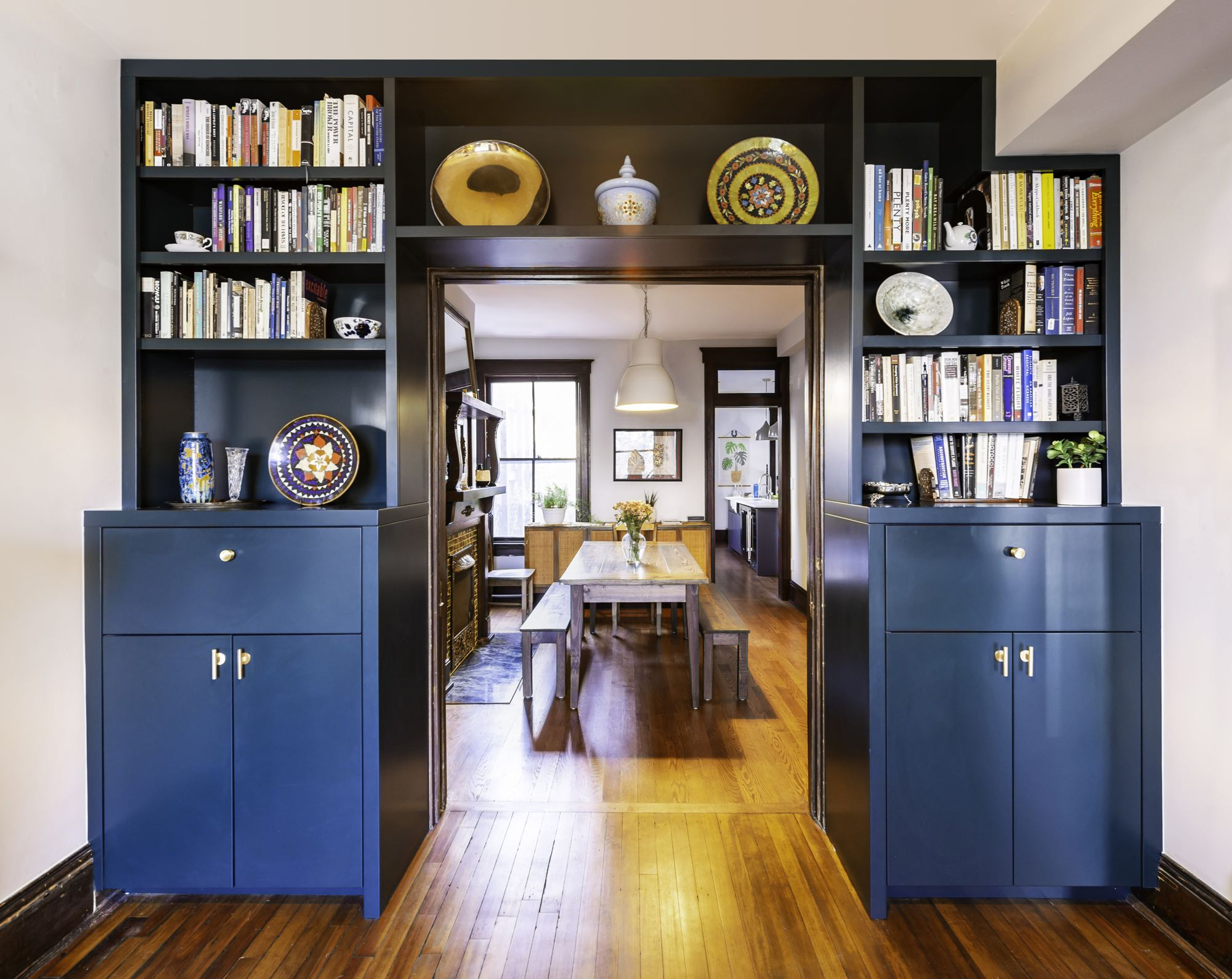 Shelf Entry |