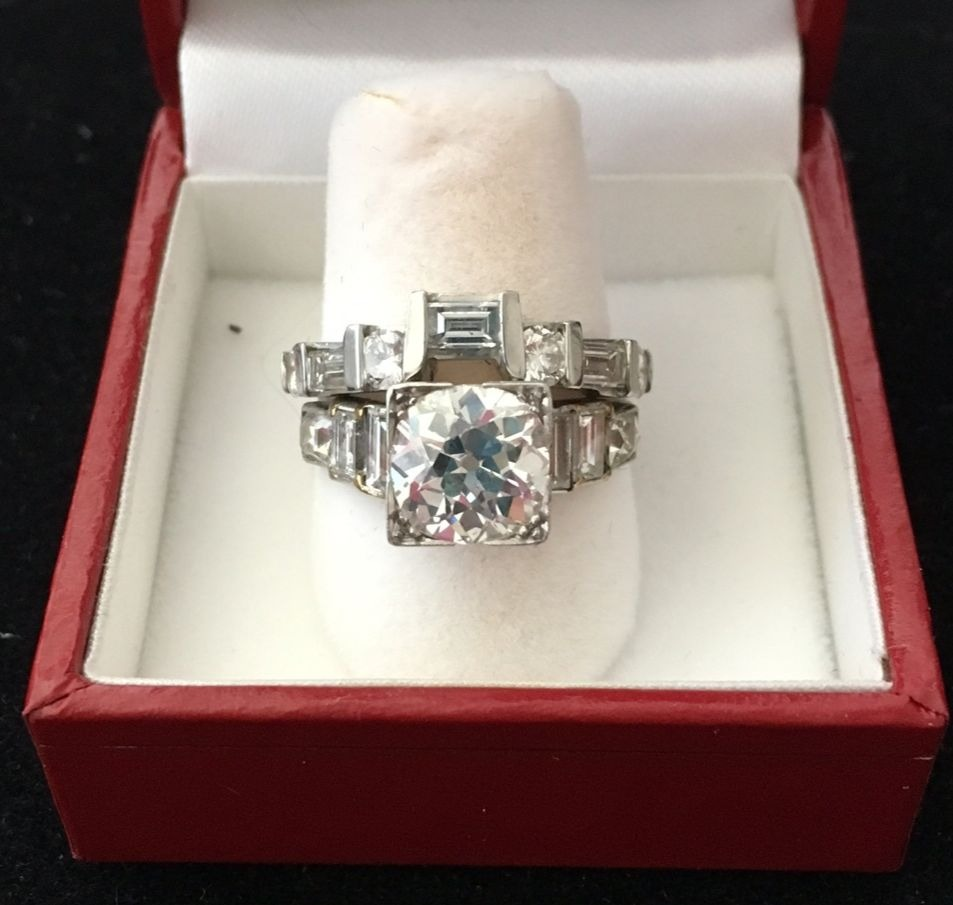 A vintage ring set that Christine bought for herself.
