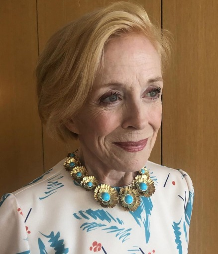 Holland Taylor in Irene Neuwirth