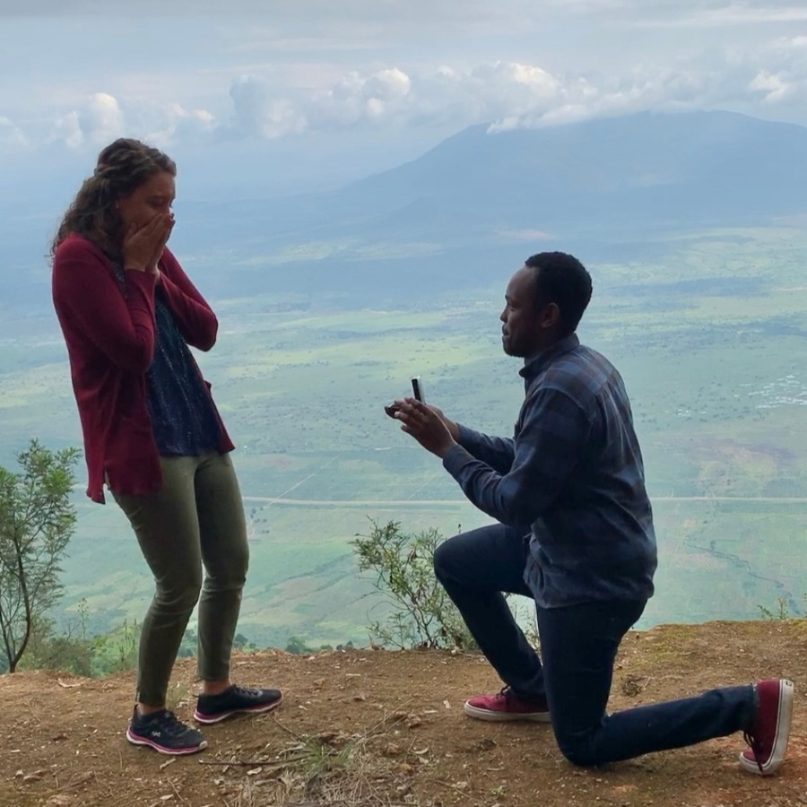 Rachel Dery being proposed to by gem-cutter fiancé Björn Merisheki