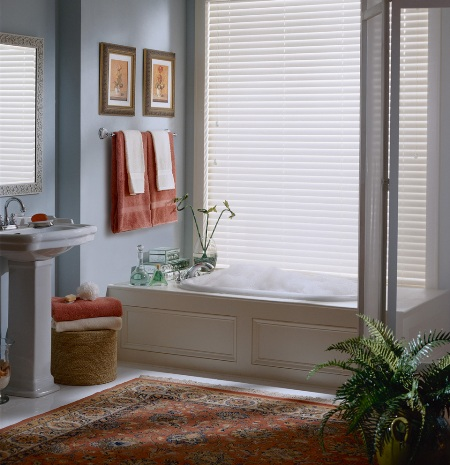 Call Blind Magic for top quality faux wood blinds in North Highlands, CA