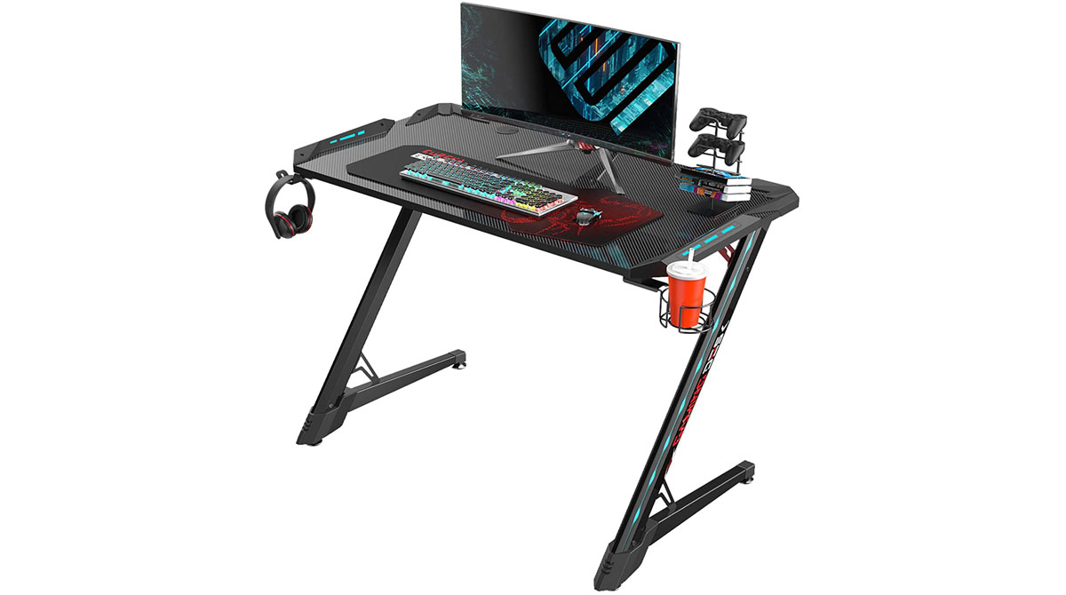Best Gaming Desks For Console & PC Gaming [2020]