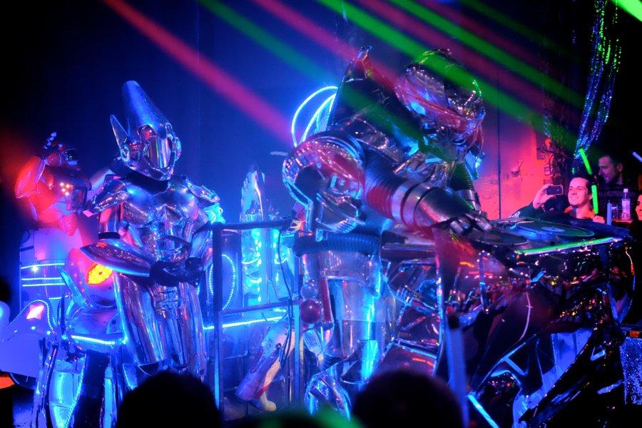tokyo-robot-show-01
