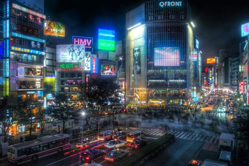 Shibuya night scramble crossing