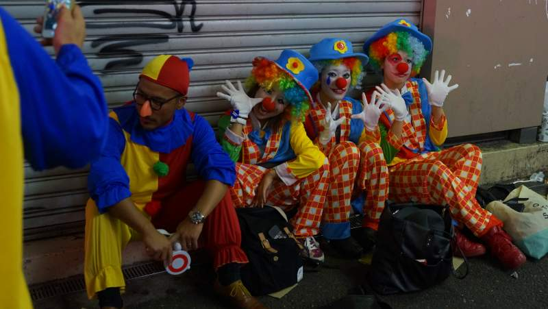 Halloween Shibuya clowns