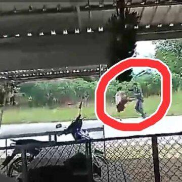 ชายเมายาบ้า ทำร้ายตำรวจชัยภูมิ ล่าสุดคนร้ายเสียชีวิตแล้ว! (คลิป)