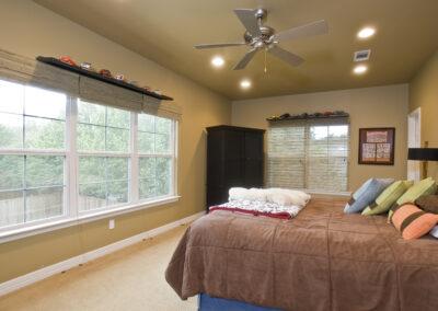 zach's bedroom-2