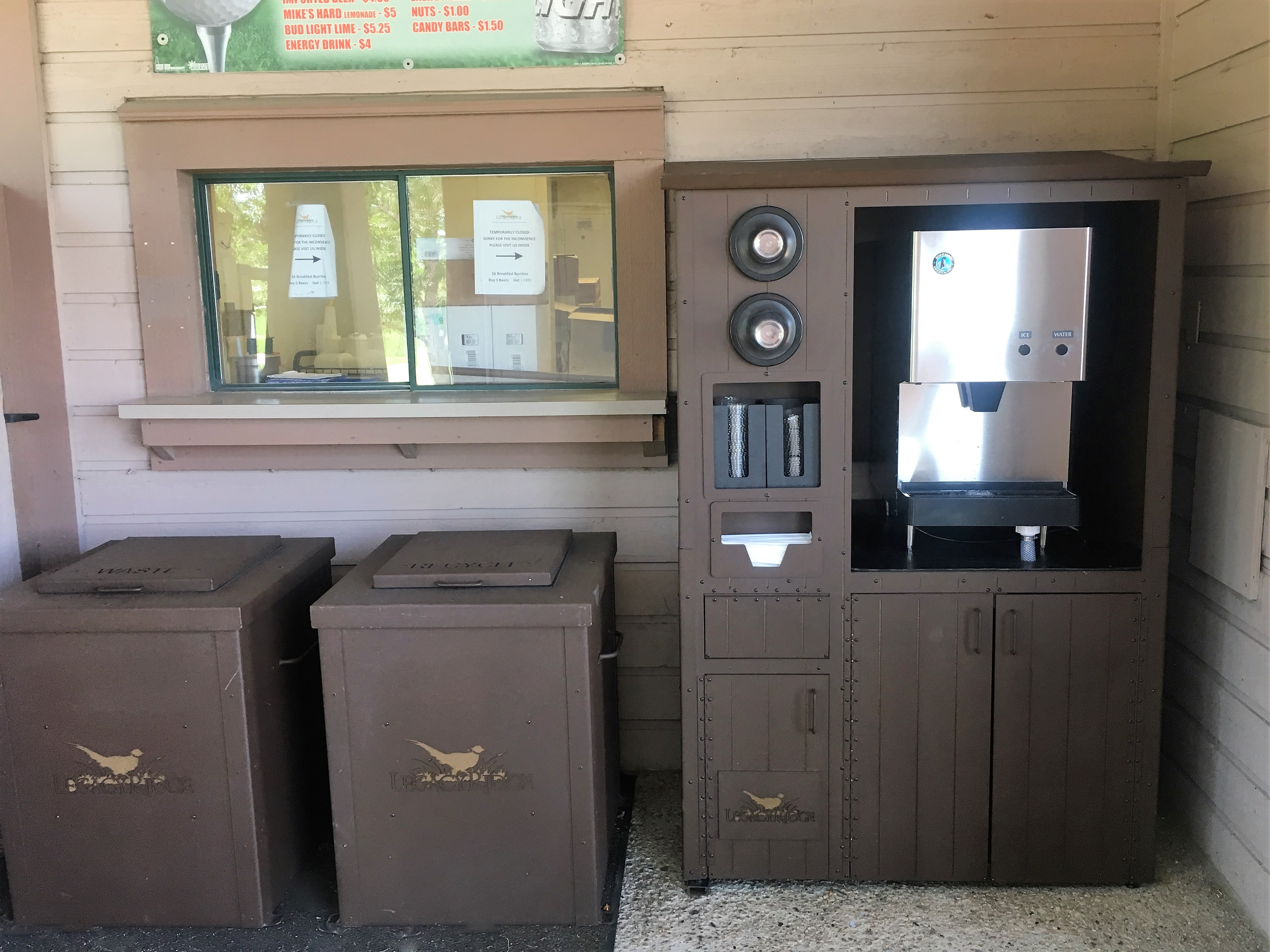 1_Legacy-Ridge-WATER-STATION-TRASH-CANS