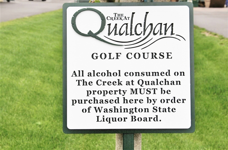 Golf Course Directional Signs The Qualachan