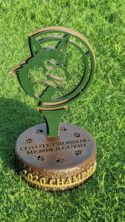 Coyote-Crossing-Member-Guest-Trophy-002