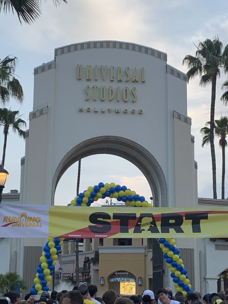 Minion Run 5K Start - Universal Studios Hollywood - Mother's Day the Disney Way Episode