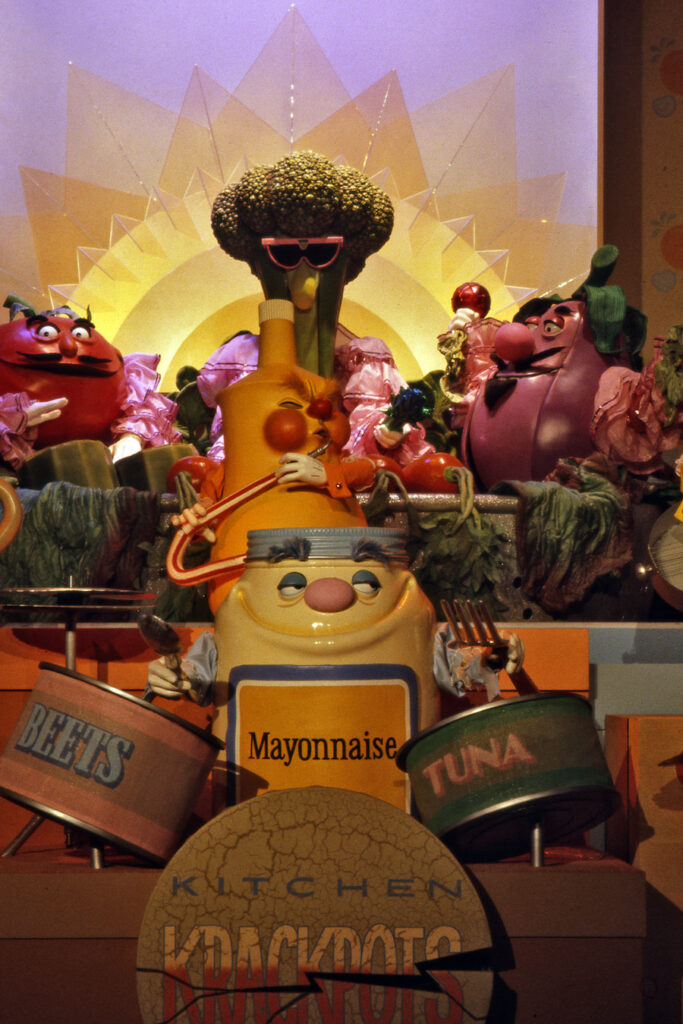 Kitchen Kabaret - Our 5 Favorite Attraction Theme Songs from the Past