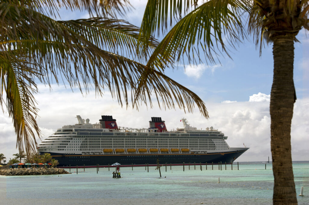 Disney Fantasy at Castaway Cay - Walt Disney World Ticket Madness with Dillo's Diz