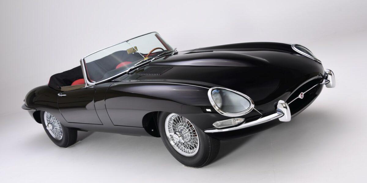 45_'63 Jaguar XKE Convertible black