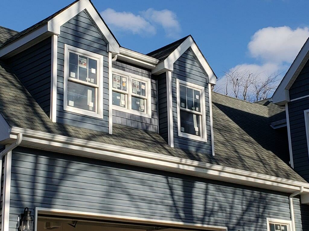Siding Window and Roof Installation Blue (2)