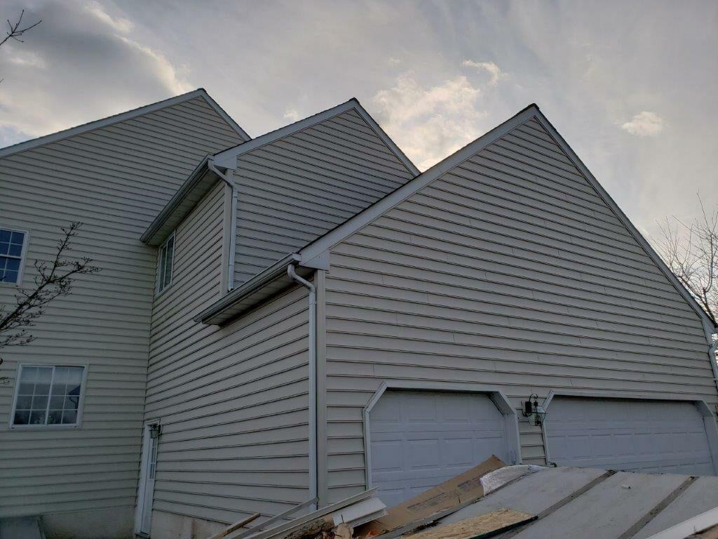 Siding Installation Glazer Residence (1)