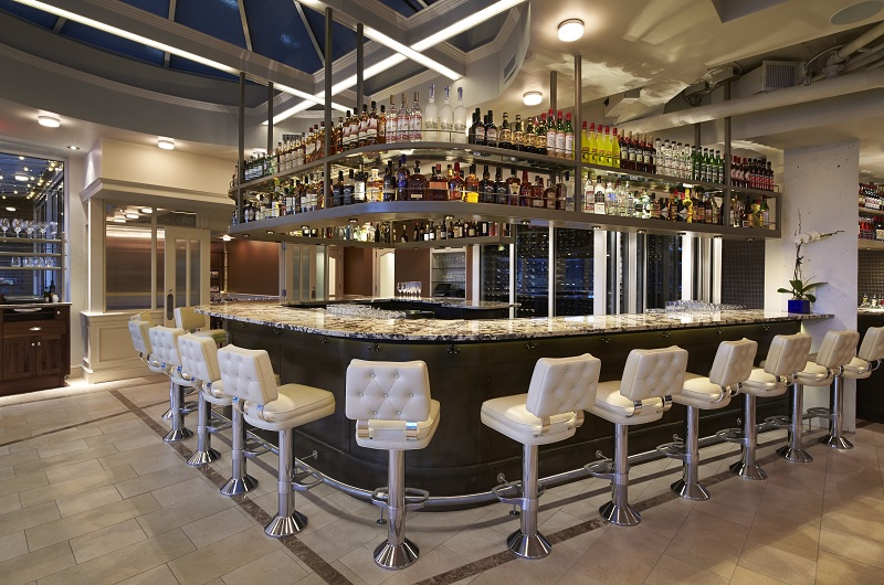 Fiola Mare Main Bar
