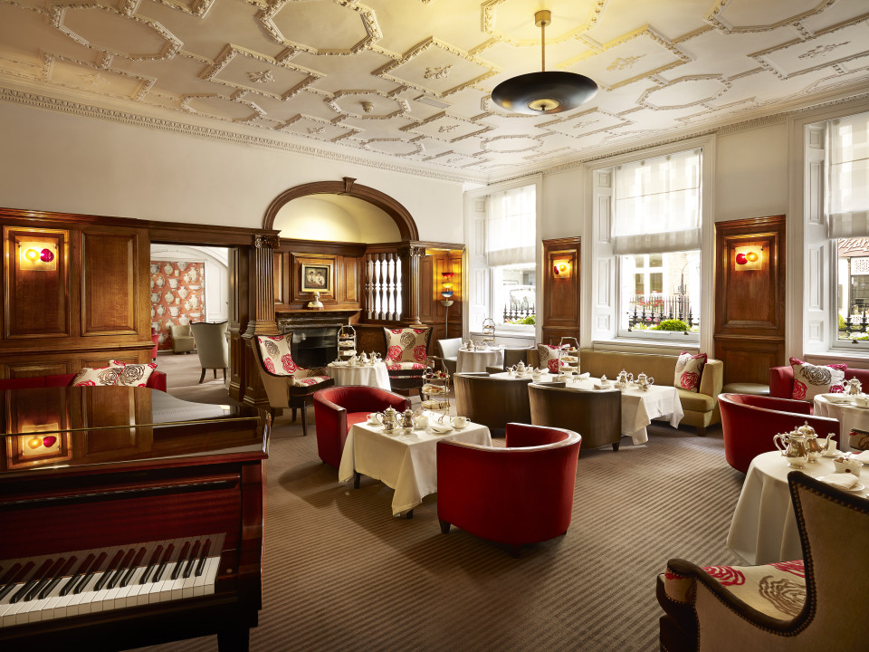 Piano music accompaniment to Afternoon Tea at the English Tea Room