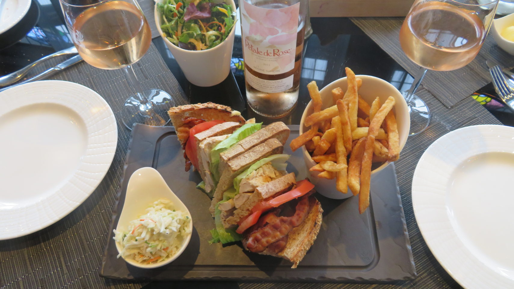 A quick lunch at the Bistro Le Sam of the Fairmont Le Chateau Frontenac
