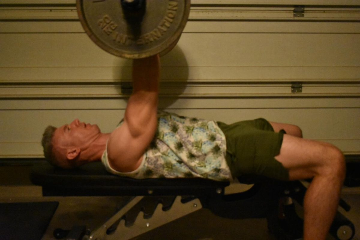 Reverse Grip Bench Press for Bigger Arms and Chest