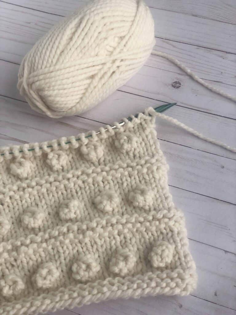 How to Knit a Bobble Pillow