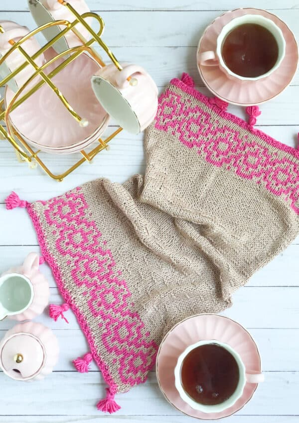 Tea Towel Free Knitting Pattern using mosaic knitting