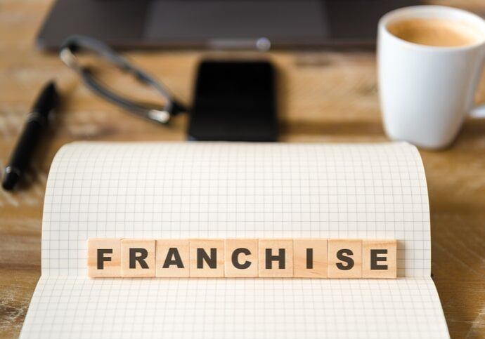 starting a vacation rental business franchise