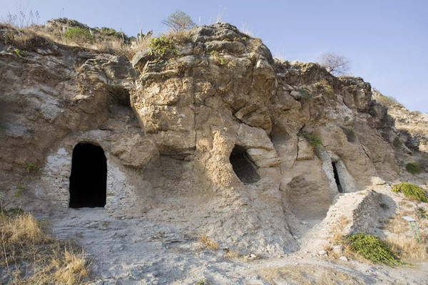 Sant'angelo Caves