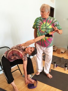 Gabriel Halpern guides a student moving into twist variation 2