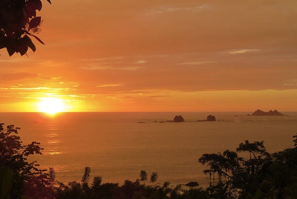 costa rica sunset 3 sisters