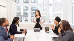 कामकाजी महिलाएं इस प्रकार घर और ऑफिस में तालमेल बैठायें