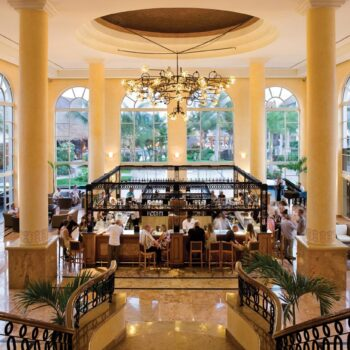 Excellence-Riviera-Cancun-Lobby-Bar