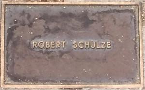 Schulze, Robert