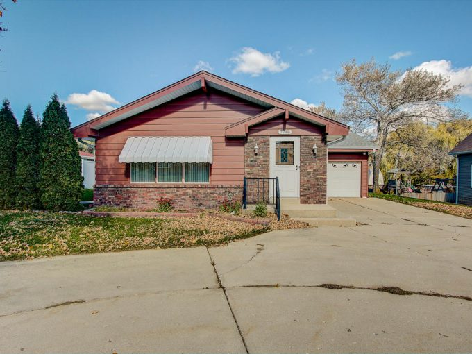 7748 W Cold Spring RD Greenfield, Wisconsin 53220