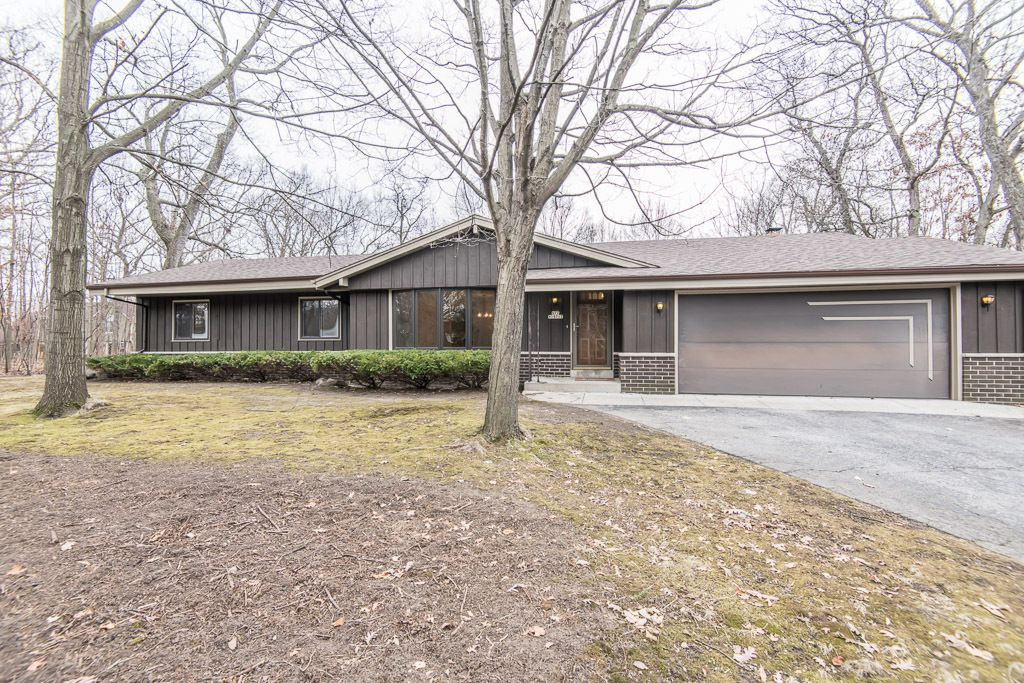 S77W19717 Sunny Hill Dr Muskego, WI 53150