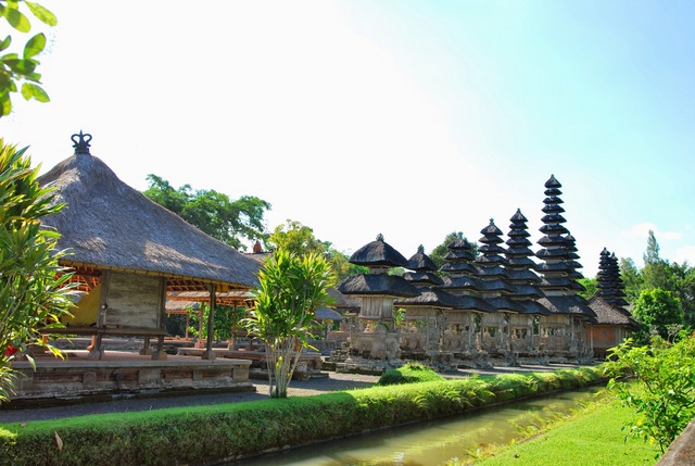 Towers of Pelinggih(Meru) seen in the Nista Mandala
