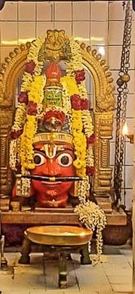 Koothandavar or Aravan - only his head is displayed