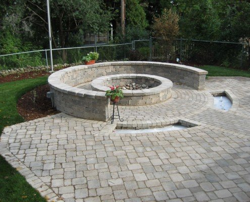 Built-in Outdoor Fire Pit New Berlin, WI