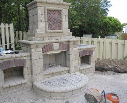 Built-in Outdoor Fireplace Menomonee Falls, WI