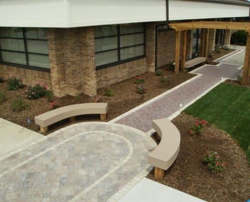 Paver Walkway with Inlay