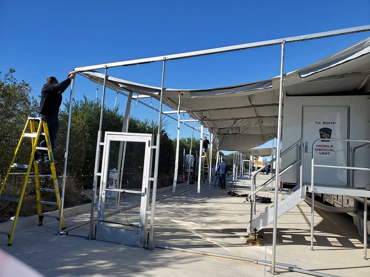 Photo Texas Emergency Covid  Mobile Icu Facility Back View During Install